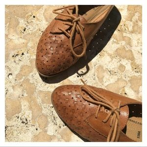 Vintage Woven Leather Lace up shoes Brown
